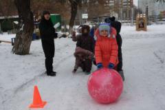 Зима - пора снежных игр, забав и катаний!